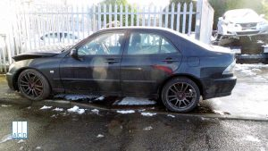 Lexus IS 200 used spares