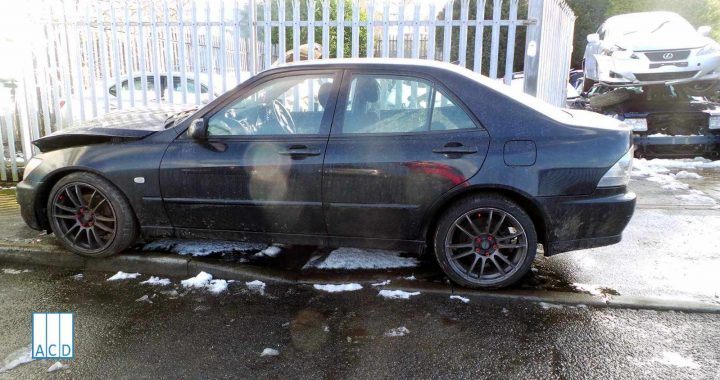 Lexus IS200 S 2.0L Petrol manual 2002