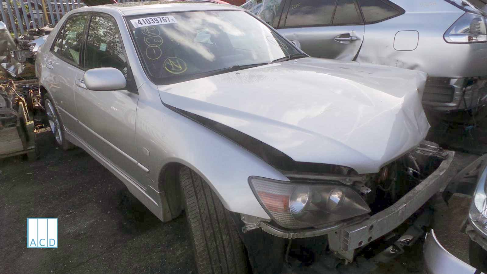 Lexus Breakers Breaking 2005 Lexus IS200 SE