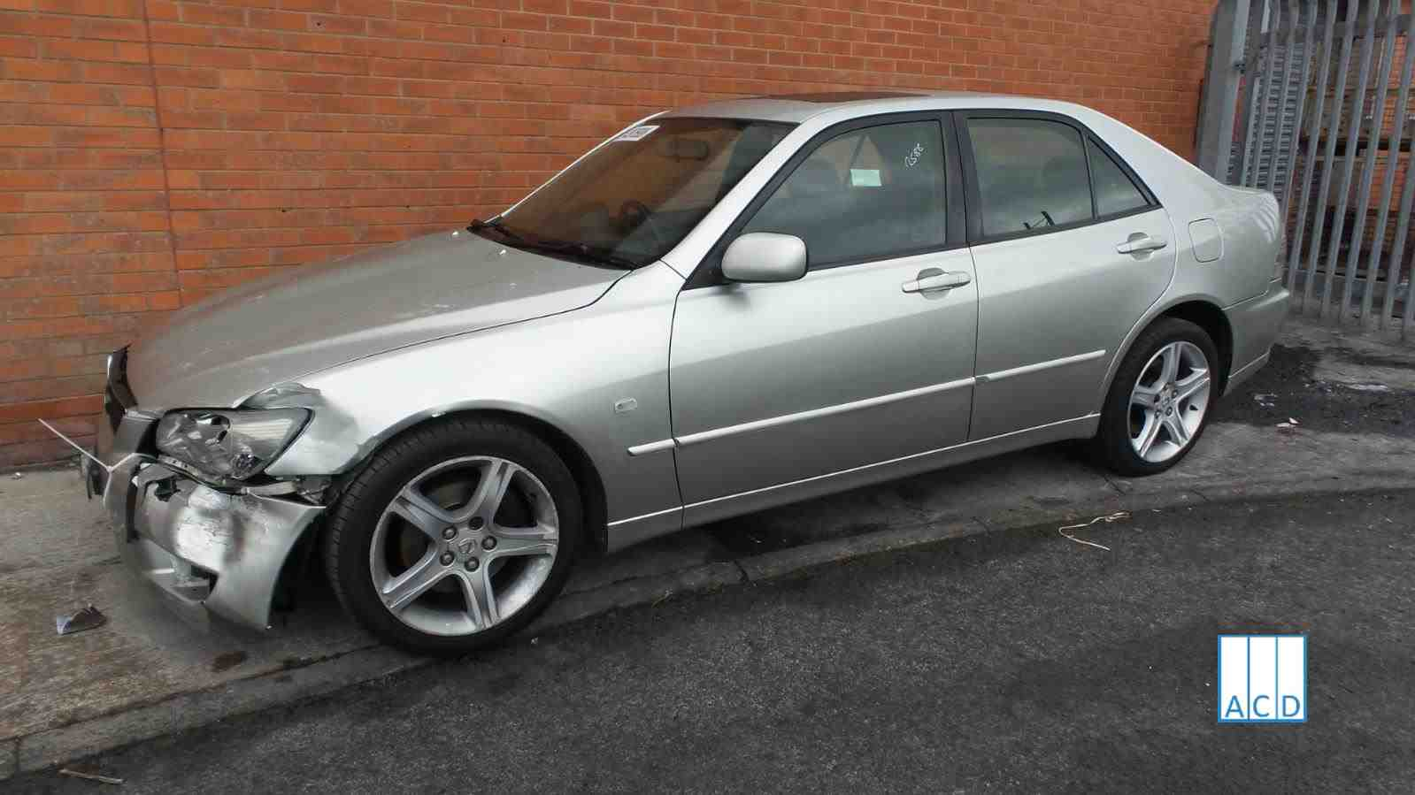 Lexus IS200 SE 2.0L Petrol 6-Speed Manual 2002 #2588 01