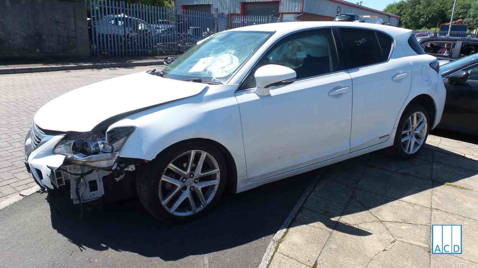 Lexus CT 200H 1.8L Hybrid 1-Speed Automatic 2014 #2883 01